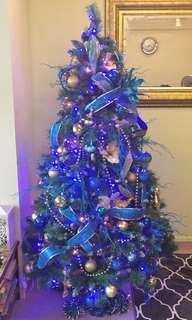 Full Christmas tree decorations (blue and gold)