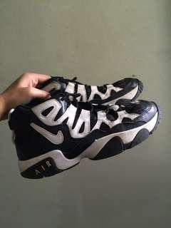 Nike Air Slant Mid GS