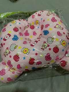 Baby dimple head pillow