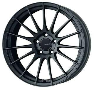 18 Inch Enkei RS05RR 5x112 8.5J 35T with Michelin PS4 Tyres