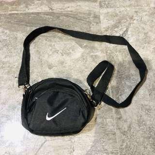 (READY STOCKS) mini nike sling bag
