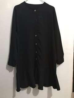 Tunik hitam