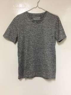 Gray v-neck tshirt