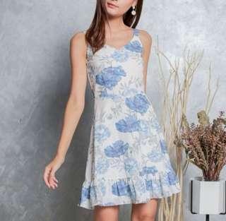 🚚 [TSW] Milicent Floral Dropwaist Dress In White