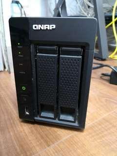 QNAP NAS TS-269L  (Intel® Atom™ 2.13GHz Dual-core, 3GB RAM