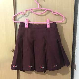 INSTOCK ULZZANG MAROON PLEATED SKIRT