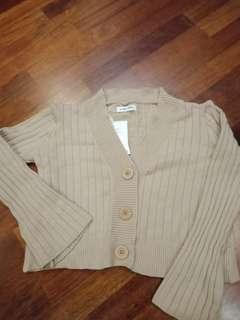 Cardigan in khakis