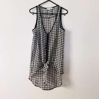 Monochrome Houndstooth Tie-up Blouse