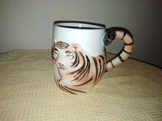 Vintage ceramic Tiger 3D Mug