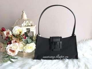 Salvatore Ferragamo Leather-Trimmed Shoulder Bag-Black