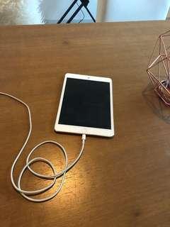 iPad mini 1 - 64 GB - Cellular + WiFi - White/Silver