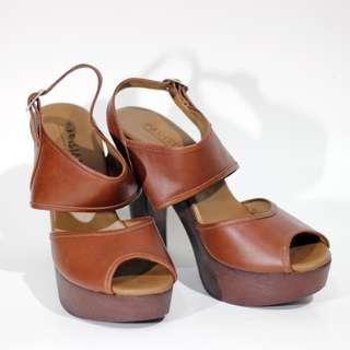 Brown Heels - Sandals with Strap