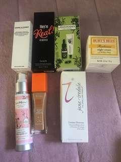Bulk cosmetics