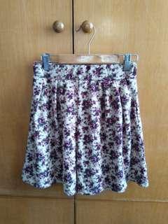 杏色底紫色花裙