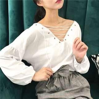 🚚 Basic White Velvet/Suede Criss Cross Tie Long Sleeves Top