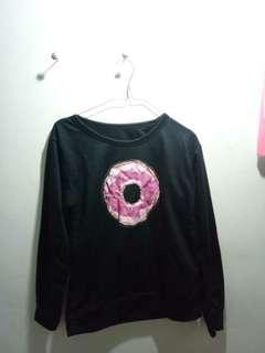 Sweater donat hitam
