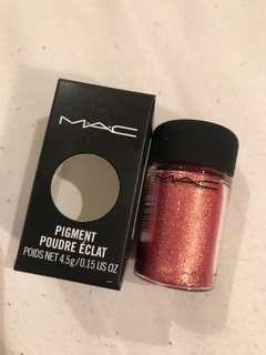 Mac rose pigment with box