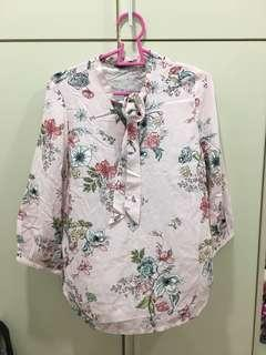 NEW Postage included Max Floral top