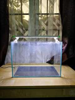Crystal Clear Aquarium 36x22x26 with LED Light