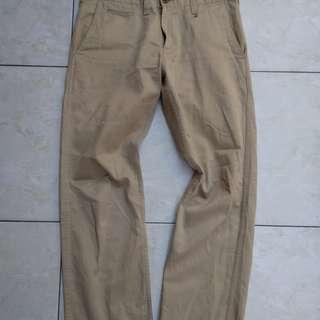 Celana chino uniqlo 550
