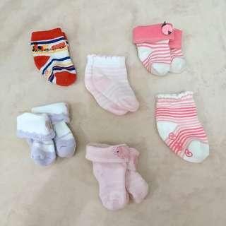 Kaos kaki newborn cew