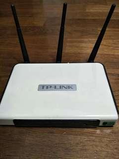 🚚 TP-LINK TL-WR940N 300Mbps 無線 N 路由器