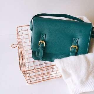 Kitschen Oxford Shoulder Sling Bag