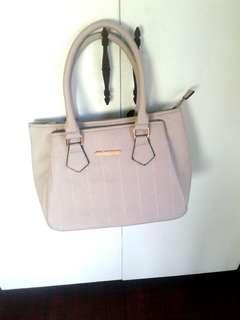Gray Jovanni handbag