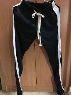 🚚 Korea黑色運動長褲