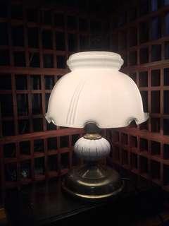 🚚 早期玻璃桌燈