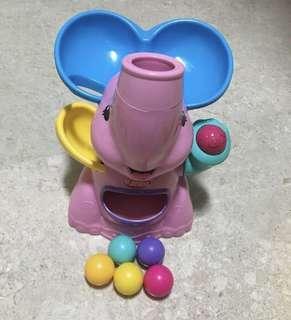 Preloved good condition playskool elefun ball popping toy