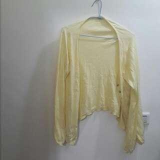 日牌earthmusic淡黃色針織外套