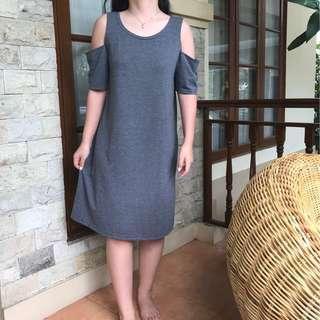 TURUN HARGA JREP Off Shoulder Grey Dress