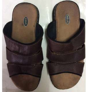 d71921a2376 Genuine leather slippers