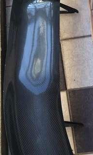 BMW尾翼