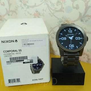 nixon Corporal ss gunmetal blue crystal