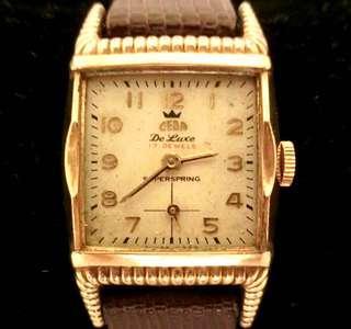 30/40年代 美國品牌 世霸腕錶 CEBA Mechanical Manual Wind Watch 機械上錬男女合用腕錶:100%原裝錶面及特色設計包厚金錶殼24mm x 27 mm,細三針運行,運作中。