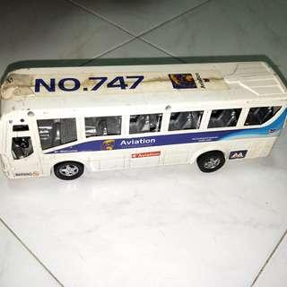 Aviation Toy Bus