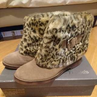 Millie's豹紋毛毛短靴leopard print fur boots
