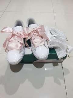 #mauTHR Puma Basket Heart Patent Women Shoes - White