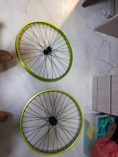 26 player wheel set