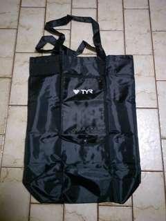 TYR bag
