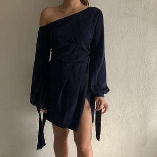 *NEW* RTP $50.95 Missguided Navy  Off-The-Shoulder Bubble Shift Dress (Size 6, UK 6-8)