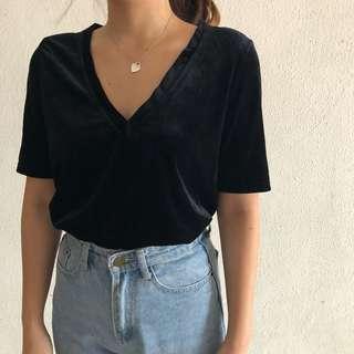 *NEW* Black Velvet T-Shirt (UK 6-8)