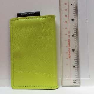 Leather card holder sharp yellow