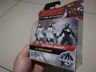 New Avengers Age Of Ultron Ultron Mark I Vs. Iron Legion Hasbro Marvel Set #SBUX50 #SINGLES1111