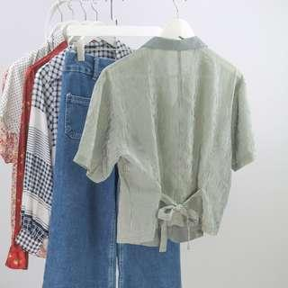 🚚 🍿 Vintage Blouse VB2095