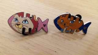 Disney pins 迪士尼徽章 迪士尼襟章 game pin 一對