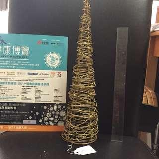 Christmas tree 🎄 in gold wire