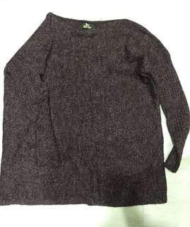 深紫紅色平領雙口袋針織上衣